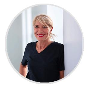 Cecile-assistante-dentaire-bordeaux